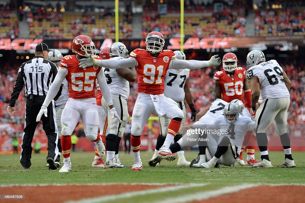Oakland Raiders v Kansas City Chiefs : Fotografía de noticias