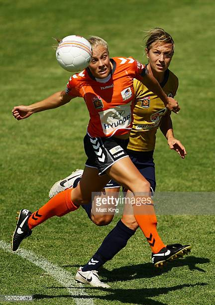Tameka Butt of the Roar controls the ball in front of Hayley Crawford of the Jets during the round three W-League match between the Newcastle Jets...