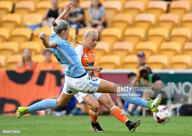 Tameka Butt of the Roar strikes for goal during the round eight W-League match between the Brisbane Roar and Melbourne City at Suncorp Stadium on...