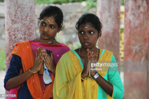 Tamil Hindu devotees pray at the Nataraja Temple in Chidambaram Tamil Nadu India The Chidambaram Nataraja temple or Thillai Nataraja temple is a...
