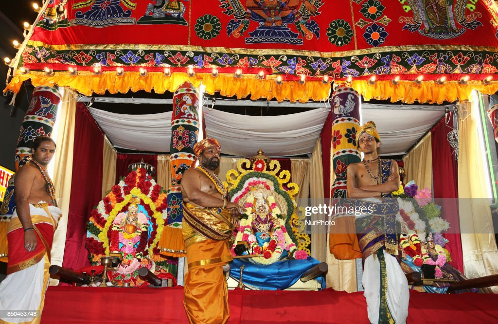 Tamil Hindus celebrate the Sapparam Festival in Ontario : News Photo