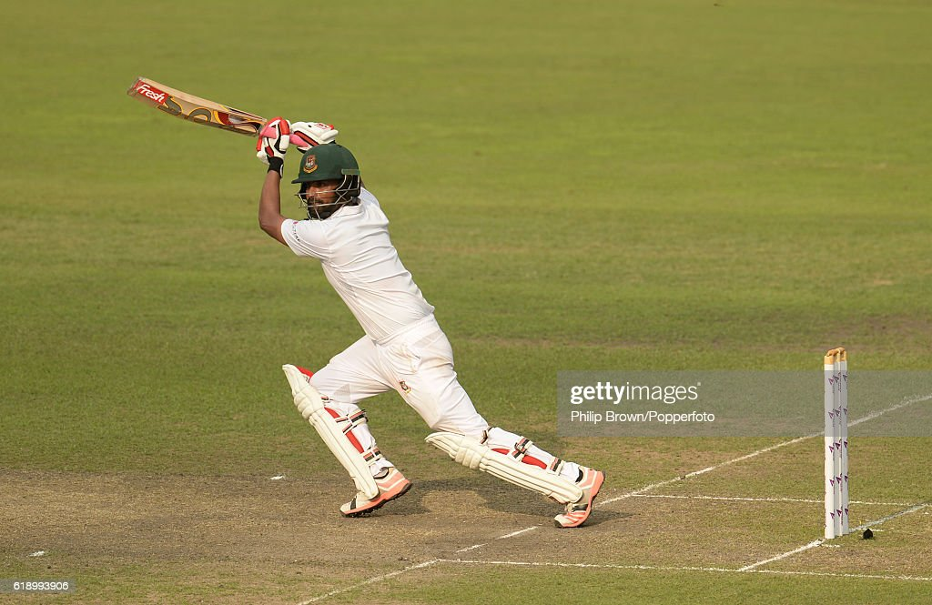 Bangladesh v England - Second Test Day Two : News Photo