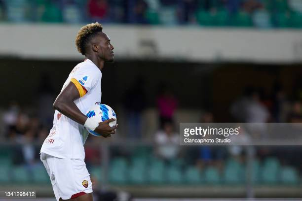 Tammy Abraham of AS Roma celebrates after scoring his team's second goal during the Serie A match between Hellas and AS Roma at Stadio Marcantonio...