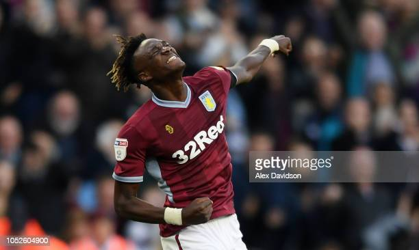 Tammy Abraham of Aston Villa celebrates victory at the final whistle during the Sky Bet Championship match between Aston Villa and Swansea City at...