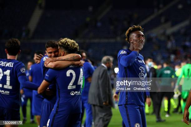 Tammy Abraham of Chelsea blows a kiss to the fans as he celebrates winning during the UEFA Champions League Final between Manchester City and Chelsea...