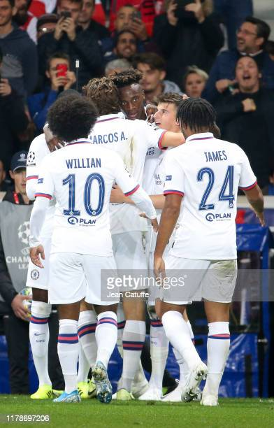 Tammy Abraham of Chelsea celebrates his goal with teammates during the UEFA Champions League group H match between Lille OSC and Chelsea FC at Stade...