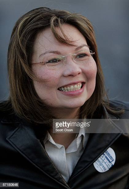 Tammy Duckworth Democratic candidate for the 6th congressional district in Illinois campaigns at a commuter train stop March 21 2006 in Villa Park...