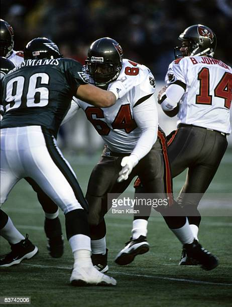 Tampa Bay Buccaneers guard Randall McDaniel in action during the Buccaneers 319 loss to the Philadelphia Eagles in the 2001 NFC Wild Card Playoff...