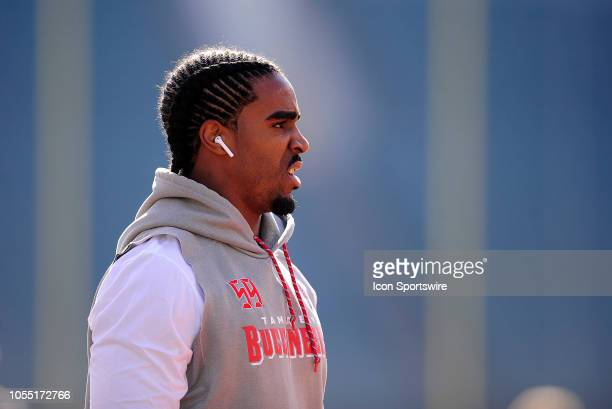 Tampa Bay Buccaneers Linebacker Devante Bond looks on during warm ups for the NFL football game between the Tampa Bay Buccaneers and the Cincinnati...
