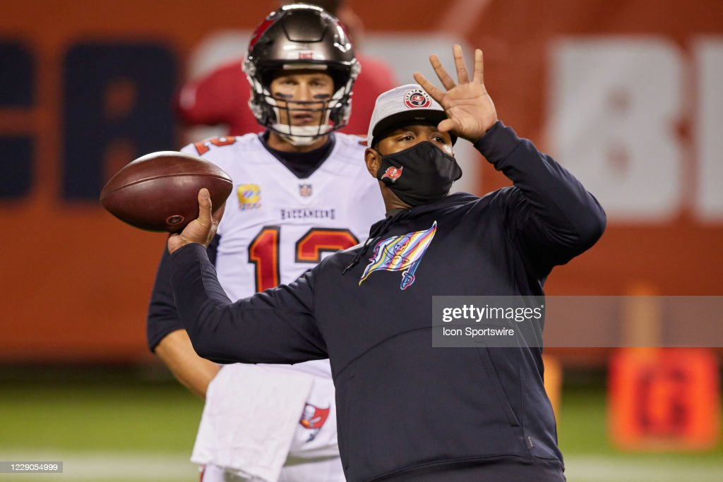 NFL: OCT 08 Buccaneers at Bears : News Photo
