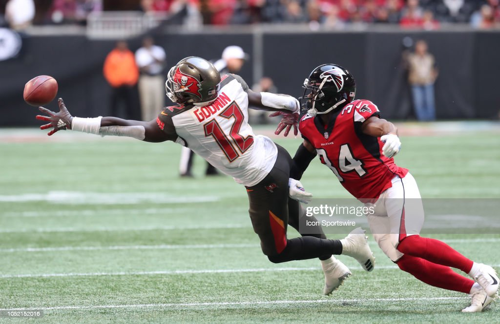NFL: OCT 14 Buccaneers at Falcons : News Photo
