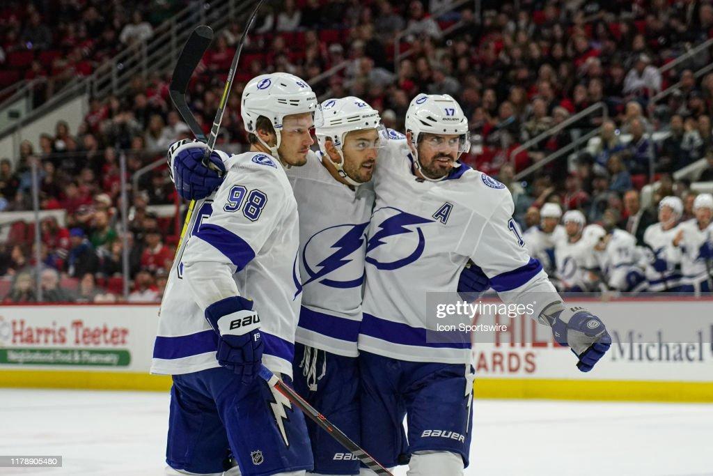 NHL: OCT 06 Lightning at Hurricanes : News Photo