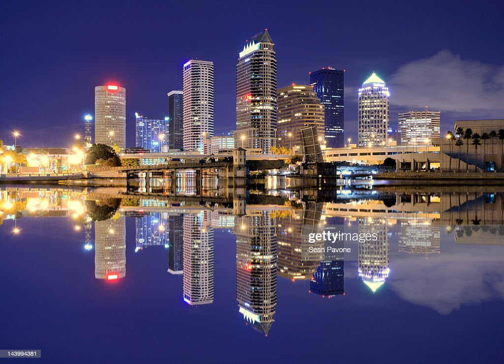 Tampa bay skyline : Stock Photo