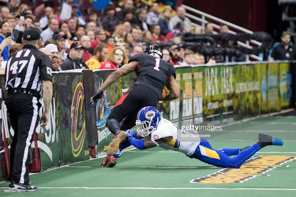 ARENA FOOTBALL: APR 08 Tampa Bay Storm at Cleveland Gladiators : News Photo