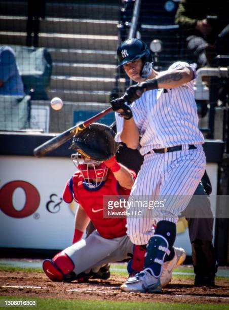 New York Yankees' Gary Sanchez keeps his eye on the ball at bat during the bottom of the fourth inning against the Philadelphia Phillies at George M....