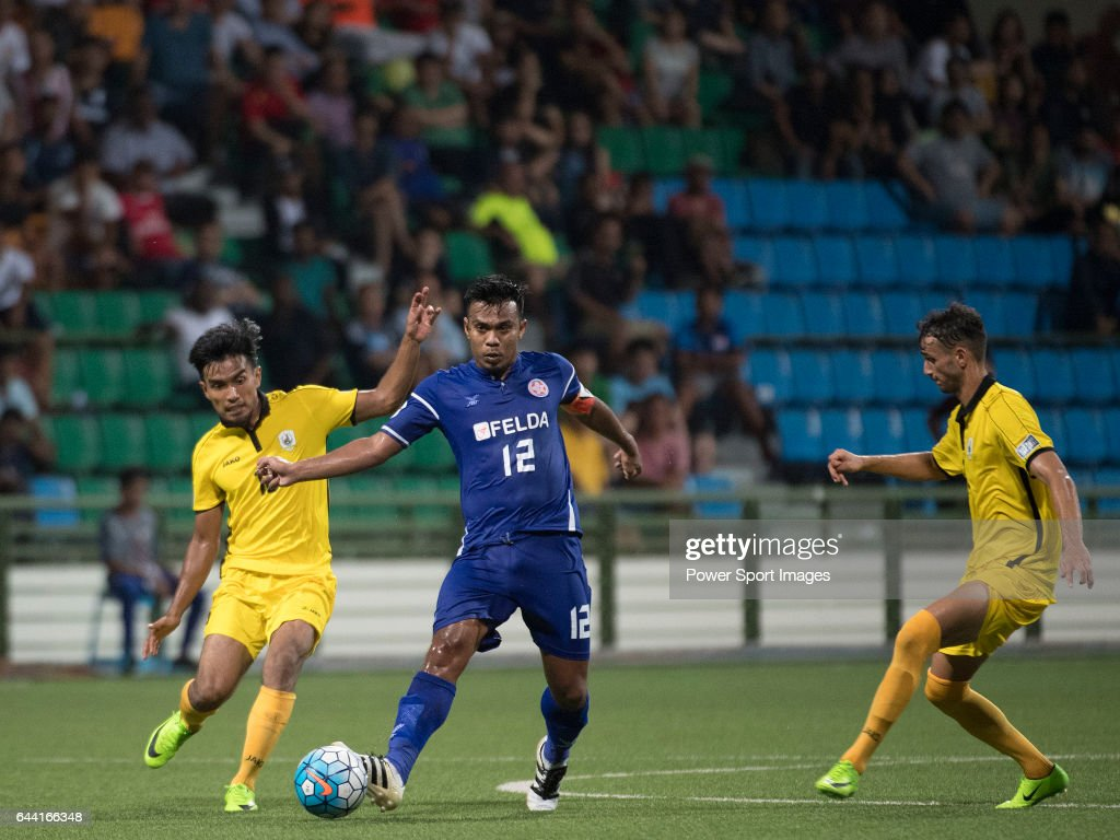 AFC Cup 2017 - Group Stage - Tampines Rovers FC (SIN) vs Felda United FC (MAS) : News Photo