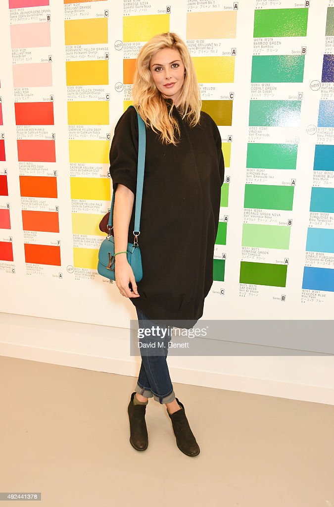 Tamsin Egerton attends a VIP preview of the Frieze Art Fair 2015 in Regent's Park on October 13, 2015 in London, England.
