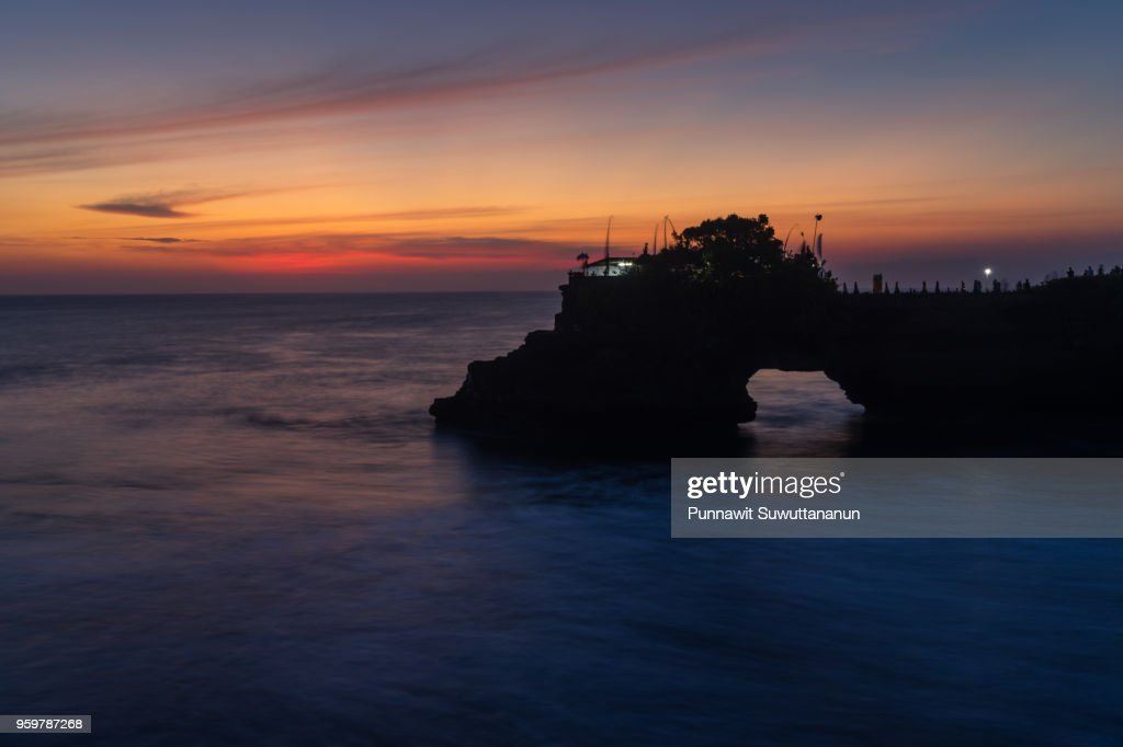 Tanah Lot temple at sunset, Bali island, Indonesia : Stock-Foto