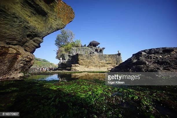 tanah lot temple, bali - tanah lot stock pictures, royalty-free photos & images