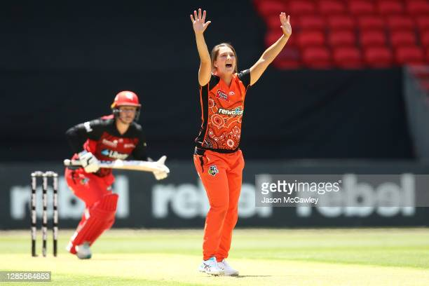 Taneale Peschel of the Scorchers celebrates taking the wicket of Lizelle Lee of the Renegades during the Women's Big Bash League WBBL match between...
