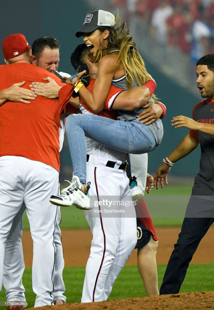 Tania Victoria Marin Carrizo Jumps Into The Arms Of Her Husband News Photo Getty Images