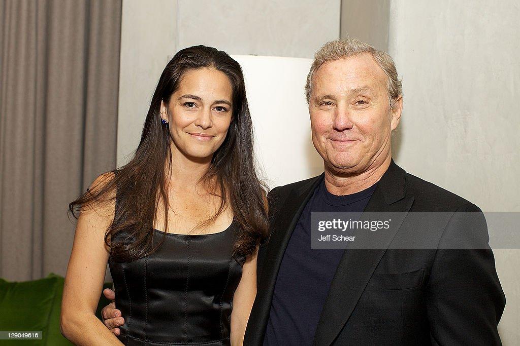 Ian Schrager med elskværdige, Kone Tania Wahlstedt