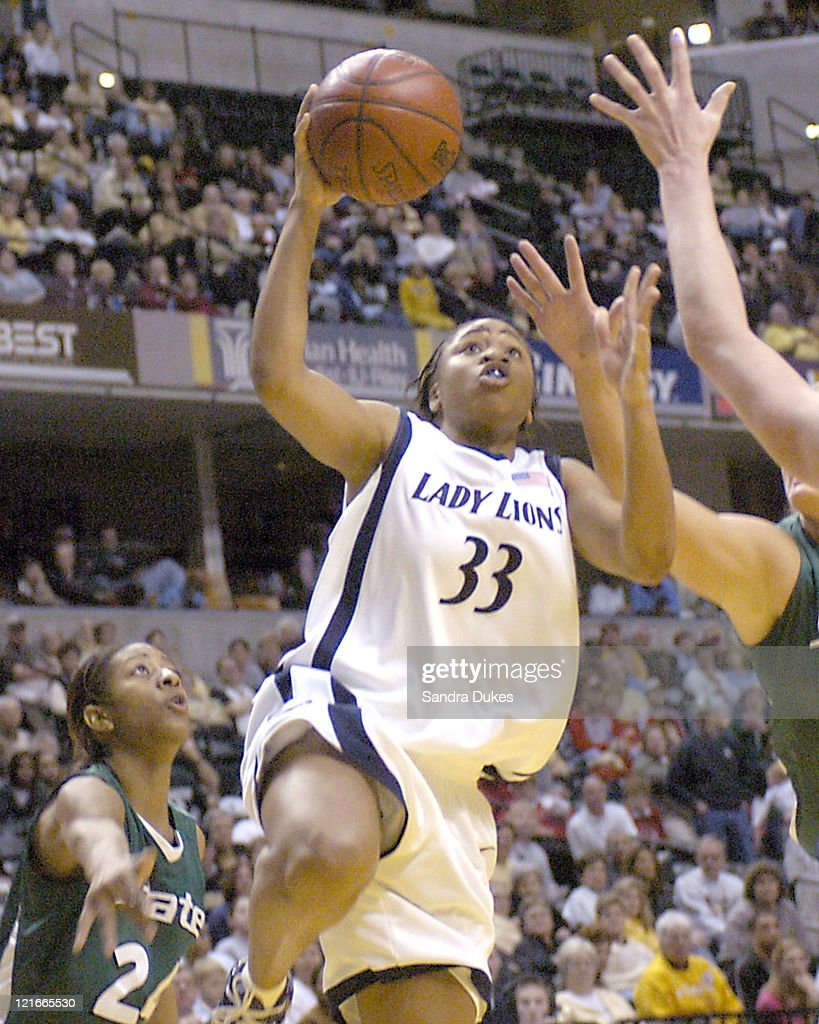 Tanisha Wright (33) goes for a layup in the second half of Penn State's semi-final win.