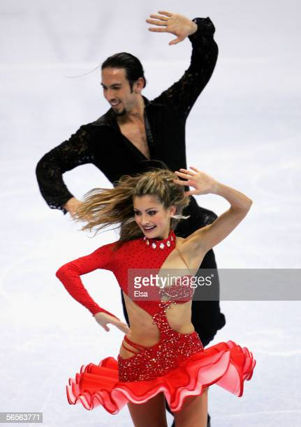 Tanith Belbin and her partner Benjamin Agosto skate in the Original Dance program during the 2006 State Farm US Figure Championships at the Savvis...