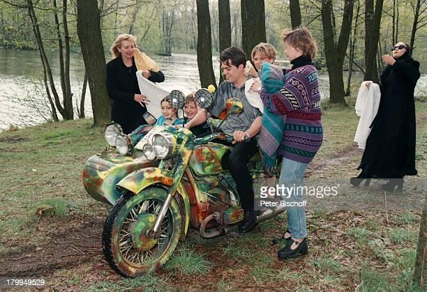 Tanja Szewczenko Daniel Fehlow GlebPorchnew Valerija ValeevaZDFFilm 'Weihnachten für einen Engel' alter Titel'KasachstanLady' DrehMinsk/Weißrussland...