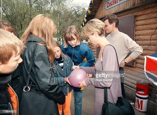 Tanja Szewczenko ZDFFilm Weihnachten für einen Engel alter TitelKasachstanLadyKinofilm Dreh Minsk/WeißrusslandAutogramme Fans