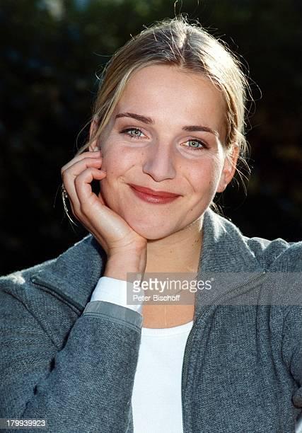 Tanja Wedhorn Schauspielerin PorträtZDFFamilienserie Nesthocker