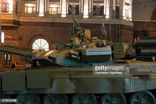 t-90 tank, a third-generation russian battle tank, moscow, russia - argenberg stock-fotos und bilder