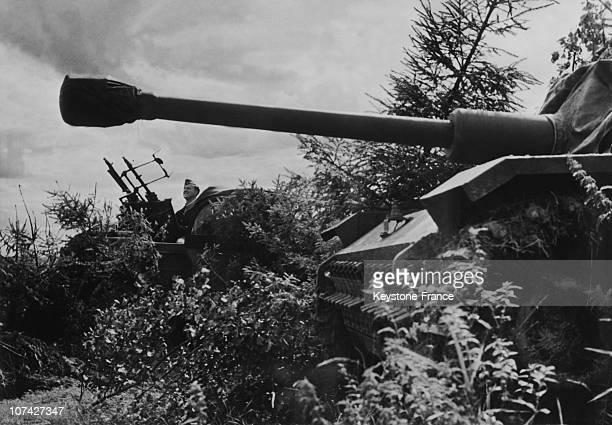 Tank And A Machine Gun Of The German Army On The Frontline In WiasmaUssr On September 10Th 1943
