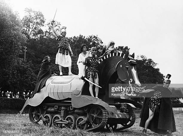 A tank camouflaged as a Trojan horse during the Triomphe ceremony in honor of the Marne et Verdun class of the French military school of SaintCyr in...