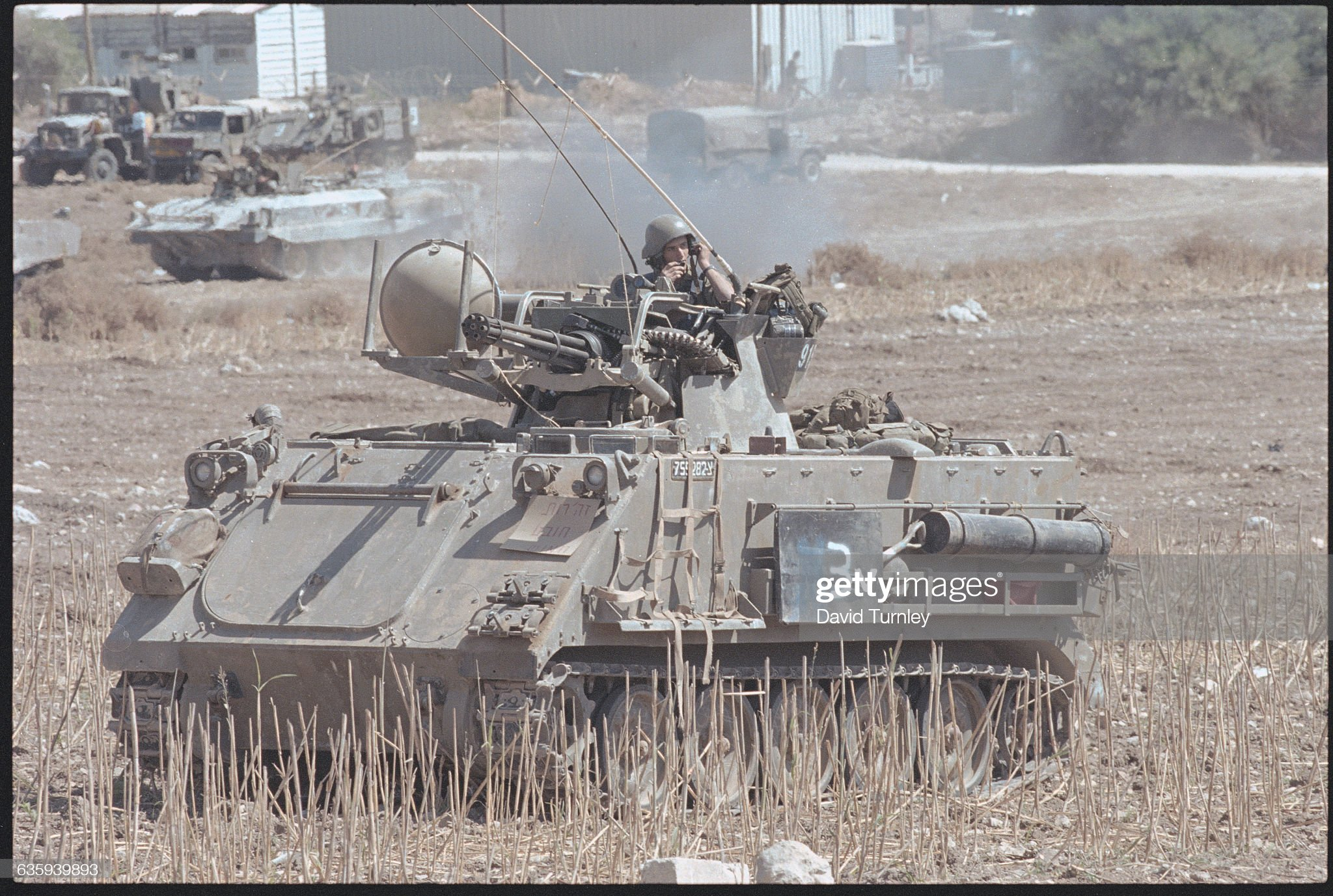 https://media.gettyimages.com/photos/tank-picture-id635939893?s=2048x2048