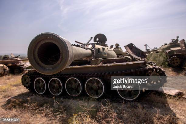 tank - armored tank stock pictures, royalty-free photos & images