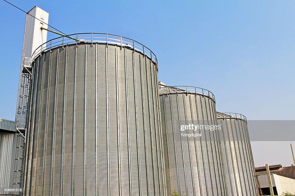 Tank Aufbewahrung Industrie groß. : Stock-Foto