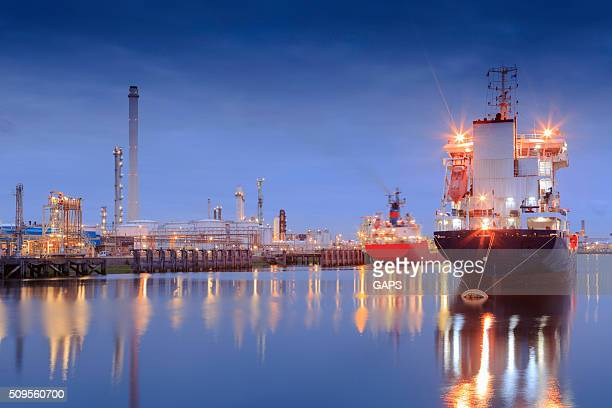 tanker in rotterdam's tweede petroleumhaven - moored stock pictures, royalty-free photos & images