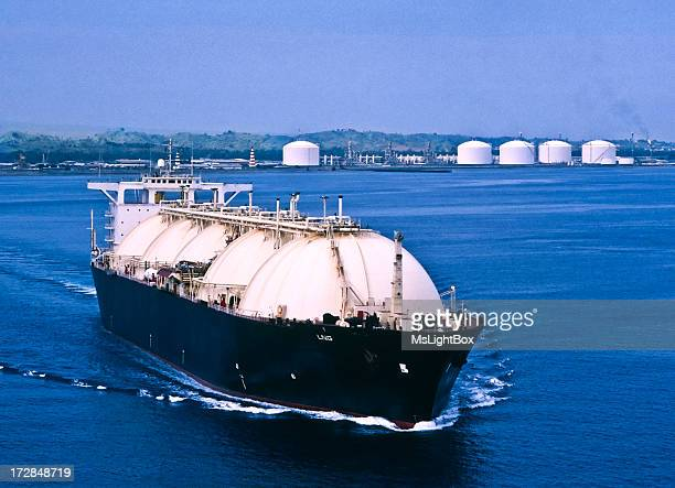 LNG Tanker & Oil Industry