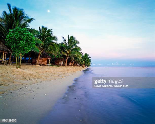 Tanus Beach fales