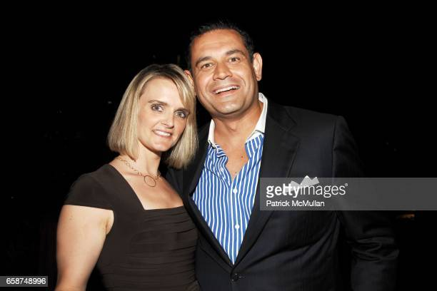 Tanya Barrett and JC DeSilva attend the Wildlife Conservation Society's Central Park Zoo '09 Gala at the Central Park Zoo on June 10 2009 in New York...