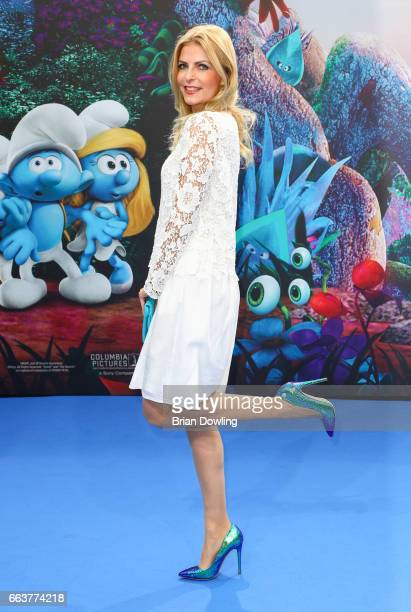 Tanya Buelter arrives at the 'Die Schluempfe Das verlorene Dorf' Berlin premiere at Sony Centre on April 2 2017 in Berlin Germany