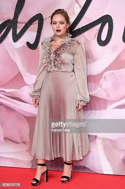 Tanya Burr attends The Fashion Awards 2016 at the Royal Albert Hall on December 5 2016 in London United Kingdom