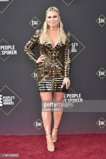Tanya Rad attends 2019 E People's Choice Awards Arrivals at The Barker Hanger on November 10 2019 in Santa Monica California