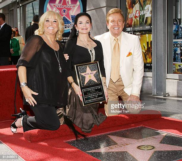Tanya Tucker Crystal Gayle and Wink Martindale attend the ceremony honoring Gayle with a star on the Hollywood Walk of Fame on October 2 2009 in...