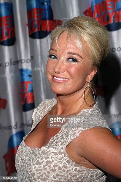 Tanya Tucker makes a special appearance at Planet Hollywood Times Square for a book signing of Music Row Dogs And Nashville Cats June 15 2004 in New...