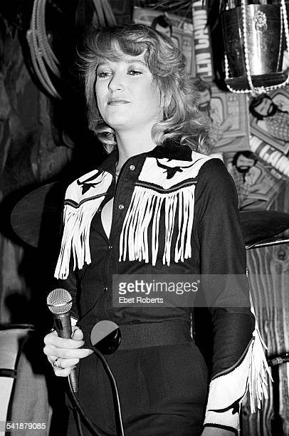 Tanya Tucker performing with Glen Campbell at Rodeo in New York City on January 22 1981