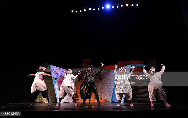 Taofique Folarin Daniel Buckley Simon Webbe Alison Jiear and Leanne Jones perform on stage during a photocall for The Three Little Pigs at Palace...