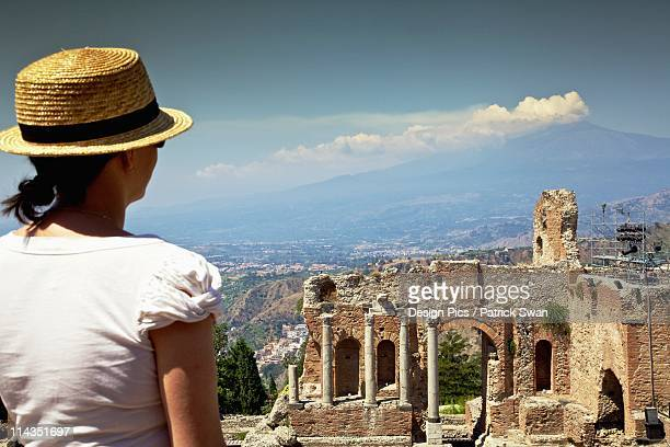 taormina, sicily, italy - taormina stock pictures, royalty-free photos & images