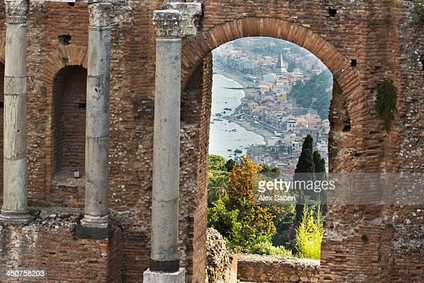 taormina , sicily , italy - alex saberi photos et images de collection